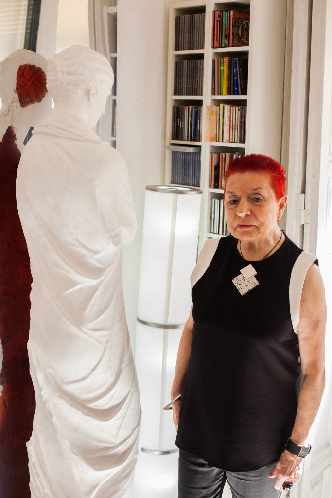 Concha Jerez es una de las artistas pioneras del Arte Conceptual en España. Fotógrafo: Jonathan González García. Esta Foto tiene Derechos de Autor.